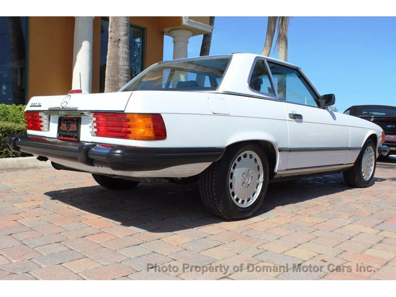 1989 Mercedes-Benz 560 Series for sale in for sale on GoCars