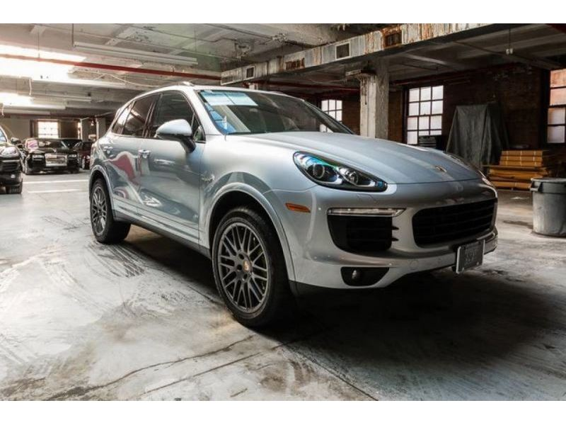2017 porsche cayenne for sale gc 31019 gocars. Black Bedroom Furniture Sets. Home Design Ideas