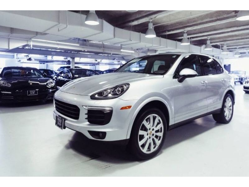 2017 porsche cayenne for sale gc 31024 gocars. Black Bedroom Furniture Sets. Home Design Ideas