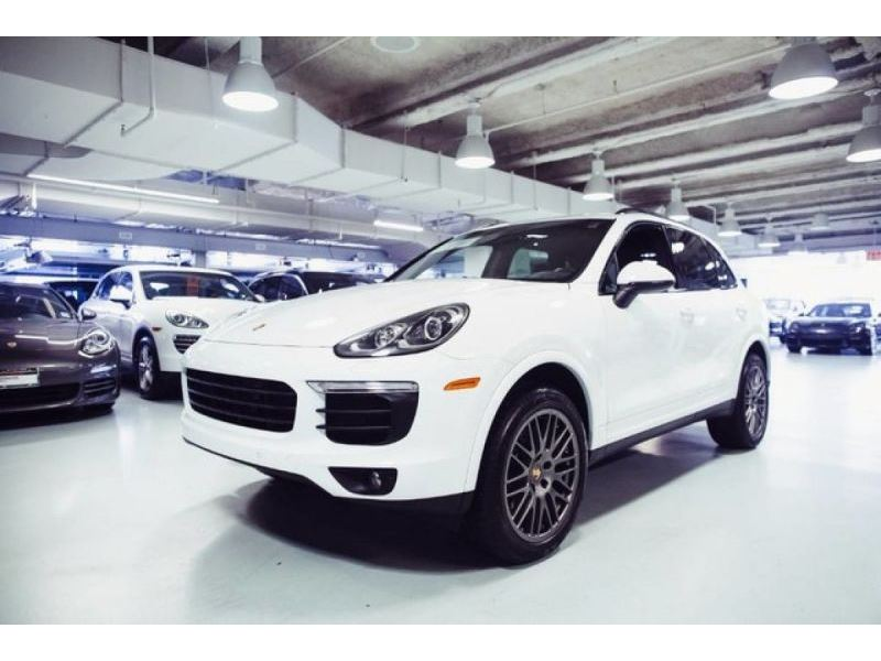 2017 porsche cayenne for sale gc 31058 gocars. Black Bedroom Furniture Sets. Home Design Ideas