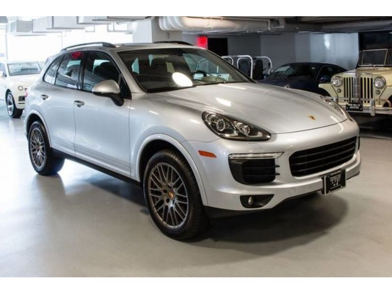 2017 porsche cayenne for sale gc 31070 gocars. Black Bedroom Furniture Sets. Home Design Ideas