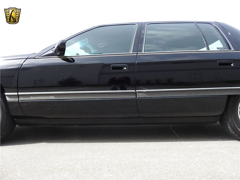 1995 Cadillac DeVille for sale in for sale on GoCars