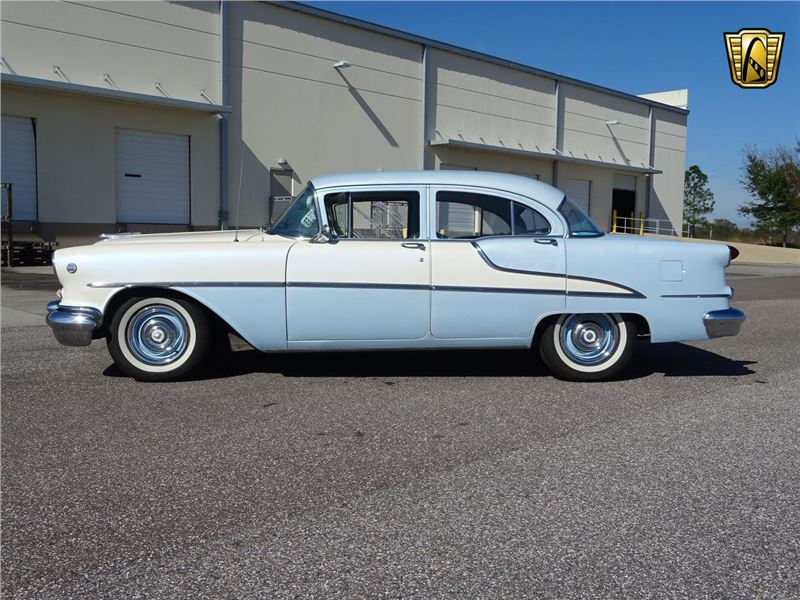 1955 Oldsmobile Super 88 for sale on GoCars