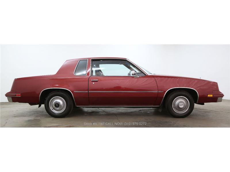 1981 Oldsmobile Cutlass Supreme for sale in for sale on GoCars