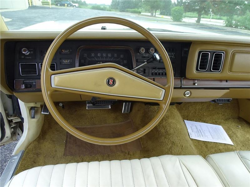 1975 Chrysler New Yorker for sale in for sale on GoCars