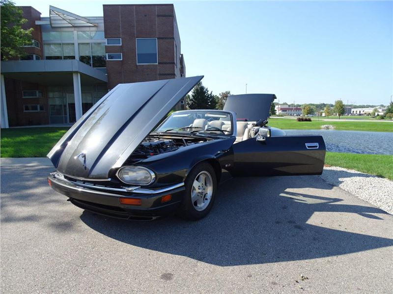 1995 Jaguar XJS for sale in for sale on GoCars