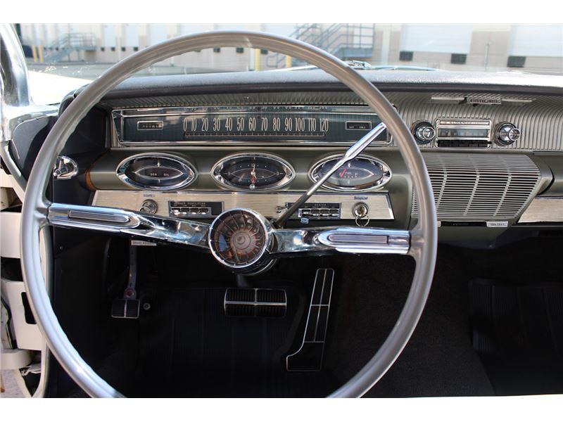1961 Oldsmobile 98 for sale on GoCars