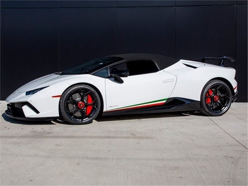 2019 Lamborghini Huracan for sale in for sale on GoCars