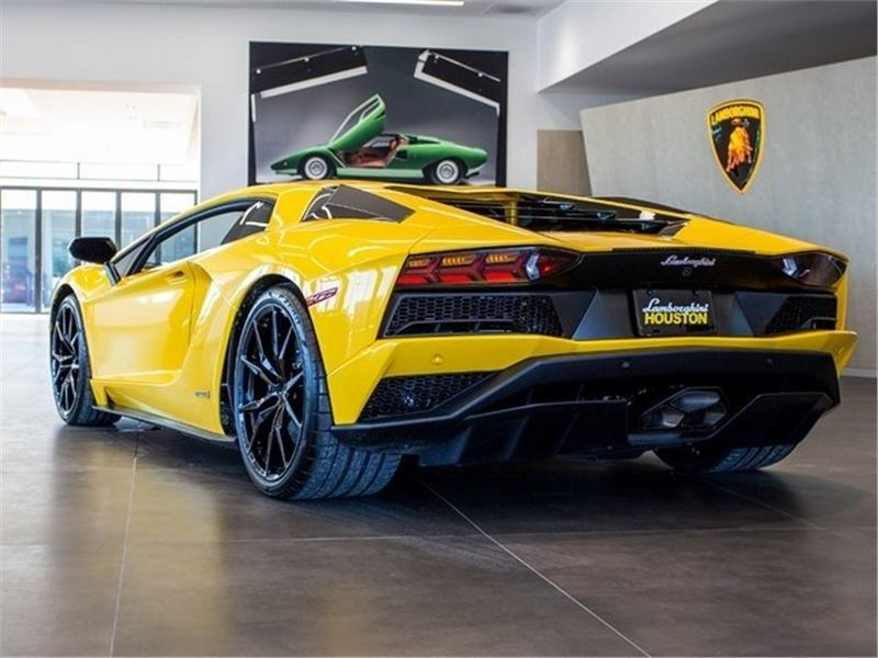 2018 Lamborghini Aventador S for sale in for sale on GoCars