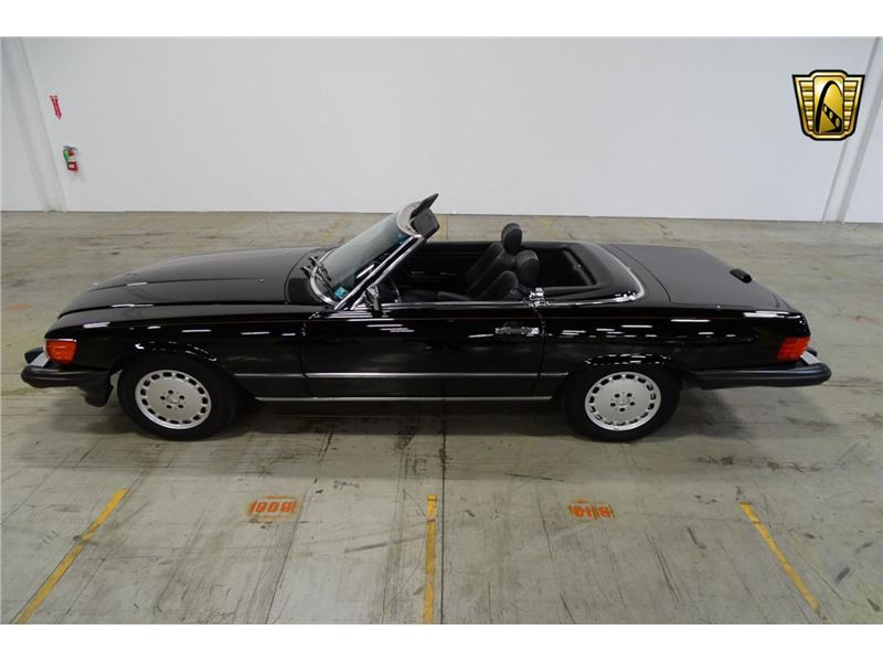 1989 Mercedes-Benz 560 SL for sale in for sale on GoCars