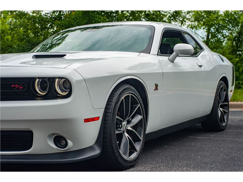 2016 Dodge Challenger for sale in for sale on GoCars
