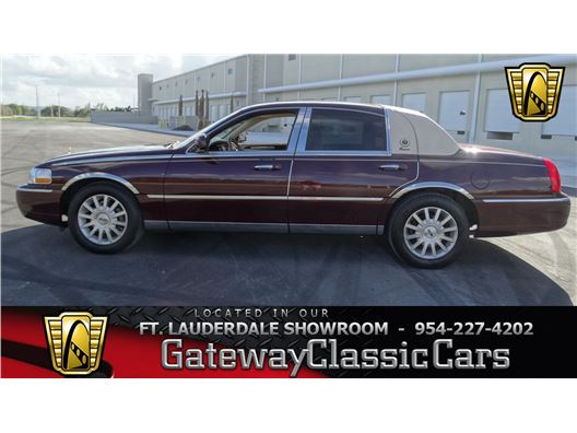 2006 Lincoln Town Car for sale in Coral Springs, Florida 33065
