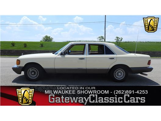 1984 Mercedes-Benz 300SD for sale in Kenosha, Wisconsin 53144