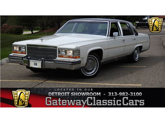 1986 Cadillac Fleetwood for sale in Dearborn, Michigan 48120