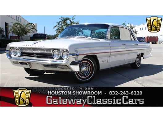 1961 Oldsmobile 98 for sale in Houston, Texas 77090