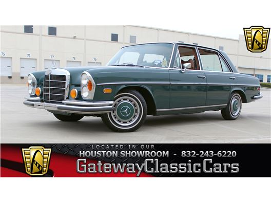 1970 Mercedes-Benz 280SEL for sale in Houston, Texas 77090
