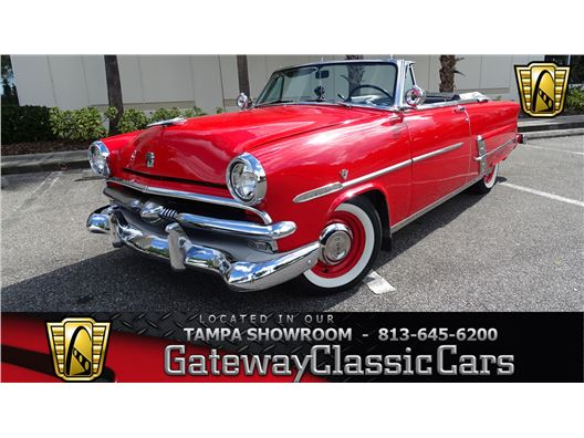 1953 Ford Crestline for sale in Ruskin, Florida 33570