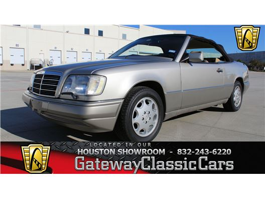 1994 Mercedes-Benz E320 for sale in Houston, Texas 77090