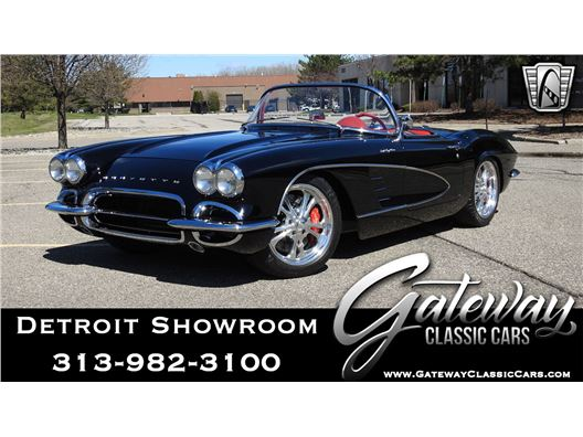 1961 Chevrolet Corvette for sale in Dearborn, Michigan 48120