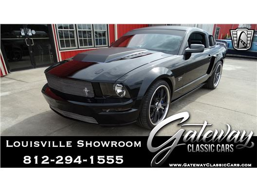 2006 Ford Mustang for sale in Memphis, Indiana 47143