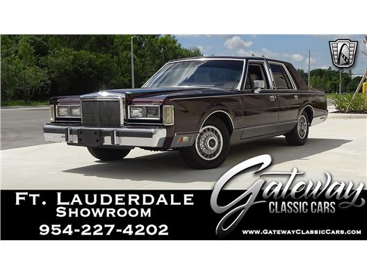 1988 Lincoln Town Car for sale in Coral Springs, Florida 33065
