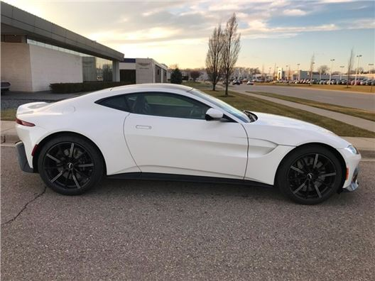 2019 Aston Martin Vantage for sale in Troy, Michigan 48084