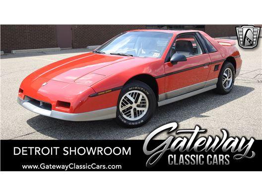 1985 Pontiac Fiero for sale in Dearborn, Michigan 48120