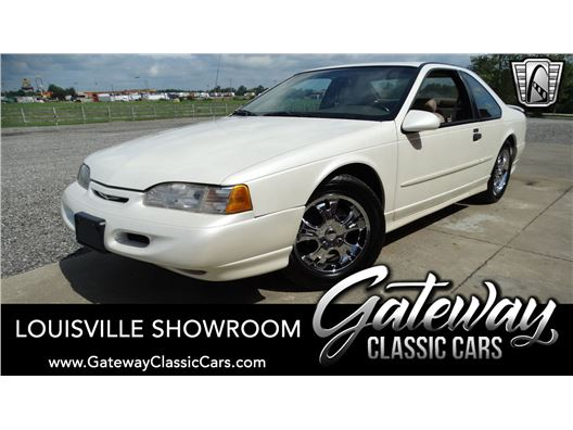 1995 Ford Thunderbird for sale in Memphis, Indiana 47143