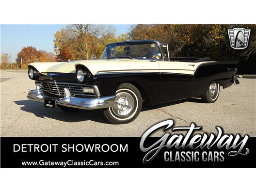 1957 Ford Fairlane 500 for sale in Dearborn, Michigan 48120