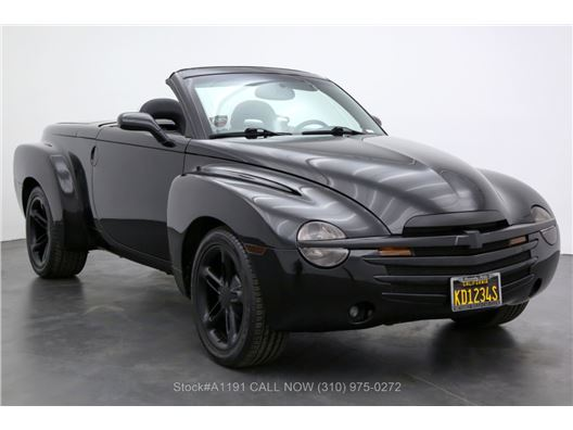 2004 Chevrolet SSR Truck for sale in Los Angeles, California 90063