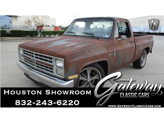 1987 Chevrolet R10 for sale in Houston, Texas 77090