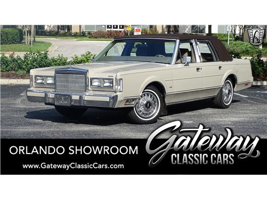 1988 Lincoln Town Car for sale in Lake Mary, Florida 32746