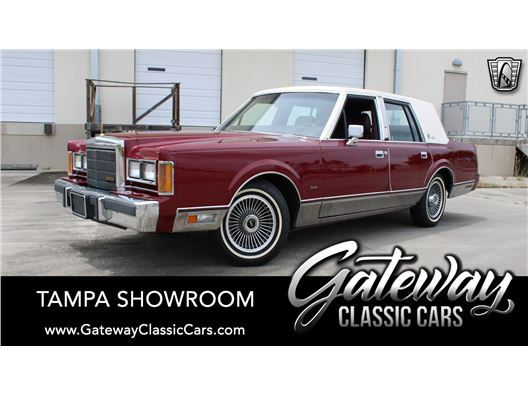 1989 Lincoln Town Car for sale in Ruskin, Florida 33570