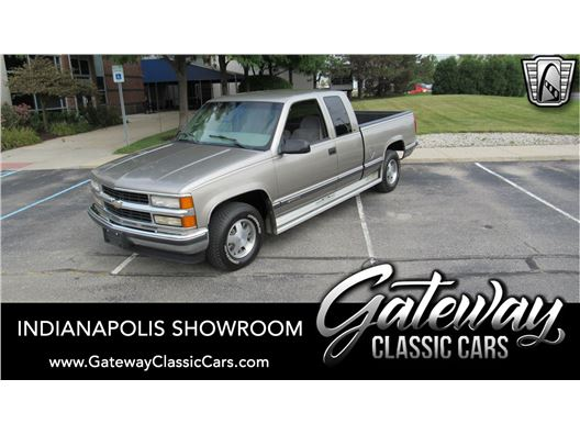 1998 Chevrolet C1500 for sale in Indianapolis, Indiana 46268
