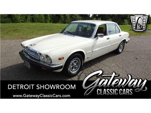 1987 Jaguar XJ6 for sale in Dearborn, Michigan 48120