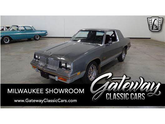 1985 Oldsmobile Cutlass for sale in Kenosha, Wisconsin 53144