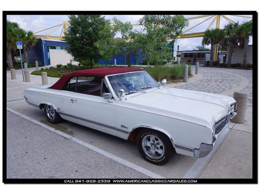 1965 Oldsmobile Cutlass for sale in Sarasota, Florida 34232