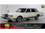 1989 Lincoln Town Car for sale in West Deptford, New Jersey 8066