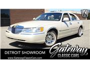 1999 Lincoln Town Car for sale in Dearborn, Michigan 48120