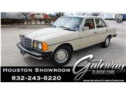 1981 Mercedes-Benz 240D for sale in Houston, Texas 77090