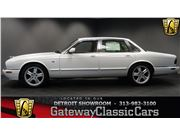2000 Jaguar XJ8 for sale in Dearborn, Michigan 48120