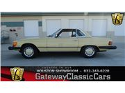 1977 Mercedes-Benz 450 SL for sale in Houston, Texas 77060